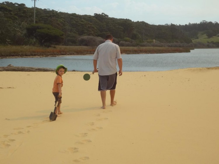 Kids Activities: Dad & son on the beach